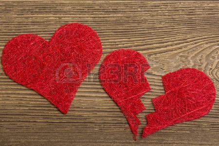 42083043-cuore-rosso